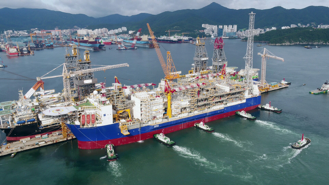 Hyundai Heavy Inks Temporary Deal to Take Over Rival Daewoo Shipbuilding