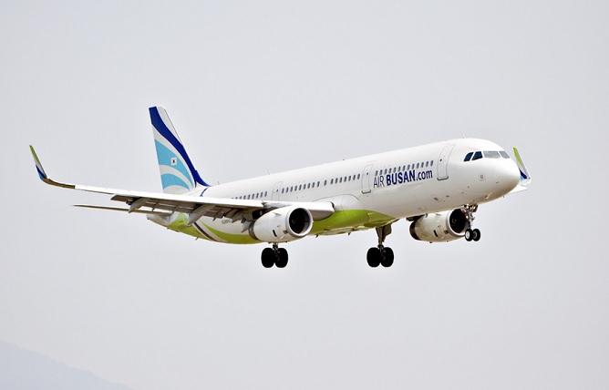 An Air Busan A321-200 passenger jet (image: Yonhap)