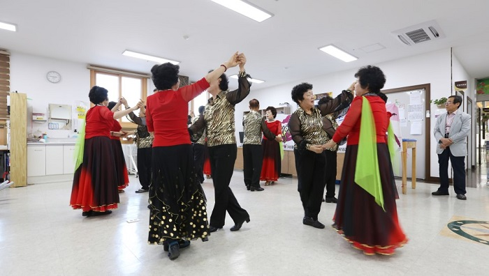 Dancing the Best Exercise for the Elderly