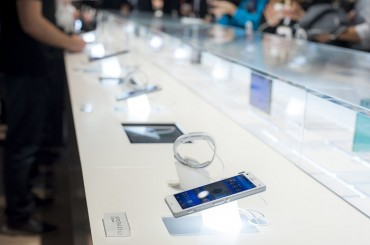 Longer Smartphone Warranties Coming Later in the Year