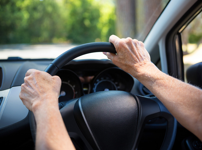 Behind the sharp increase in the number of senior drivers giving up their licenses was the introduction of a support program for senior citizens surrendering their driver's licenses by local governments. (image: DB Insurance Co.)