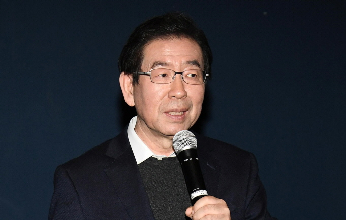 Seoul Mayor Park Won-soon said he is working towards shutting down all dog slaughterhouses in the city. (image: Seoul Petropolitan Government)