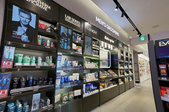 S. Korean Men Drive Soaring Cosmetics Sales