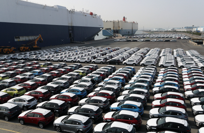 The 2018 figure put South Korea as the seventh-largest car manufacturing country in the world, down one notch from the previous year. (image: Yonhap)