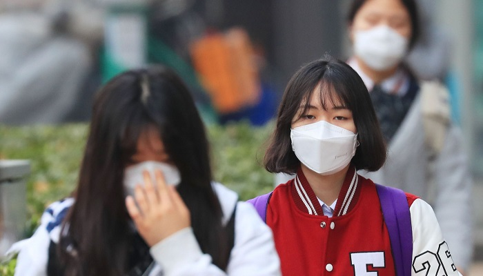 Fine dust and ultrafine dust have negatively impacted these individuals throughout the entire course of their medical treatment. (image: Yonhap)