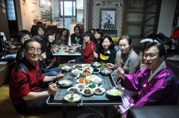 S. Koreans Reduce Spending in Restaurants During Holiday Seasons: Report