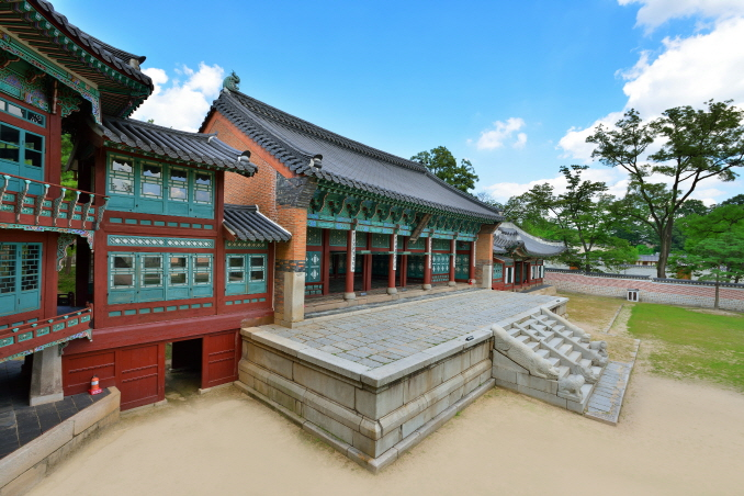 Jipokje at Gyeongbok Palace in Seoul. (image: Cultural Heritage Administration)