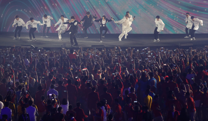 K-pop fans in Indonesia argue that it is just a hobby of their own, and that it has never interfered with their daily lives. (Yonhap)