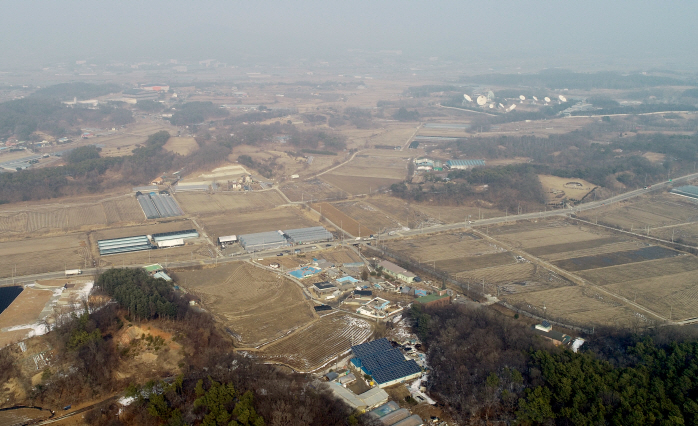 An aerial view of SK hynix's new semiconductor cluster site in Yongin, Gyeonggi Province (Yonhap)