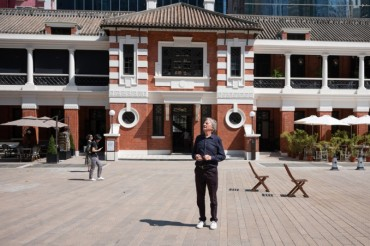Travel Through the Lens of Paul Smith: Legendary Ways to Capture the Authenticity of Hong Kong