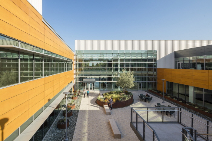 The government believes that if the campus innovation park program is successful, it could develop into world-class industrial-academic success cases such as the Massachusetts Institute of Technology, Stanford Research Park and the Heidelberg Technology Park in Germany. (image: Stanford Research Park)