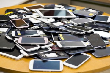 Samsung to Collect Old Mobile Phones in 25 Countries for Environmental Protection