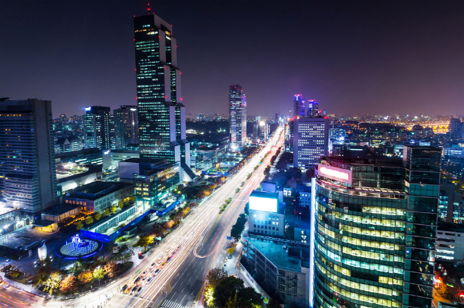 In terms of economic performance, South Korea placed 27th, down seven spots from a year earlier, as the pace of growth slowed in exports, investments and employment. (image: Korea Bizwire)