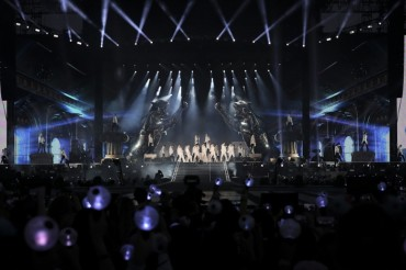 BTS Opens New World Tour at California's Rose Bowl Stadium