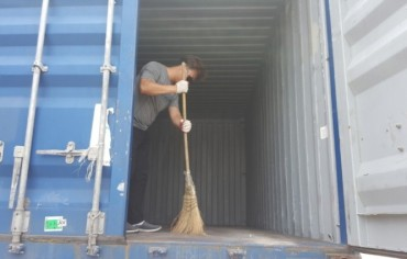 Shipping Companies Exploiting Truck Drivers to Clean and Repair Containers