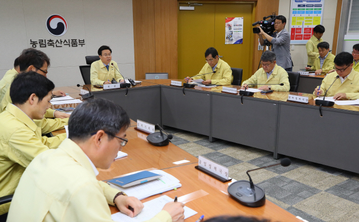 S. Korea Ready to Tackle Potential Swine Fever Transmission from N. Korea