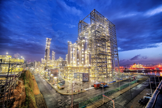 S-Oil Corp.'s new residue upgrading complex (RUC) in Ulsan. (image: S-Oil)