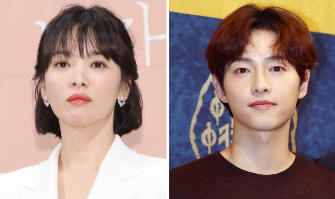 Song Hye-kyo (L) and Song Joong-ki. The couple announced their decision of divorce on June 27, 2019. (Yonhap)