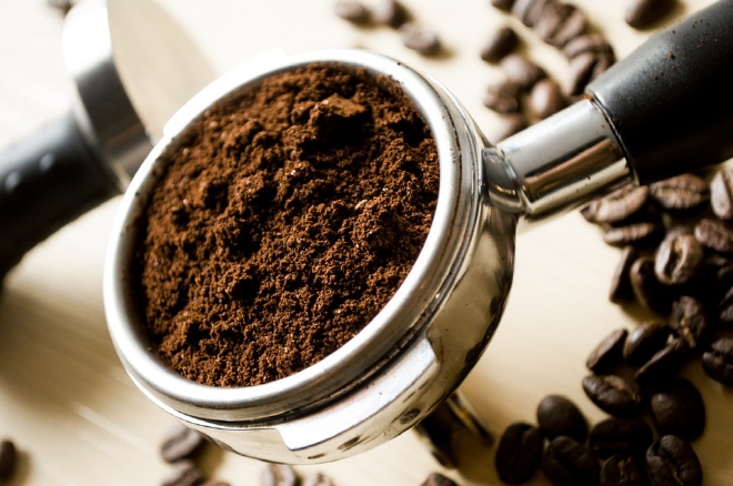 New Tech Transforms Coffee Grounds into Biogas