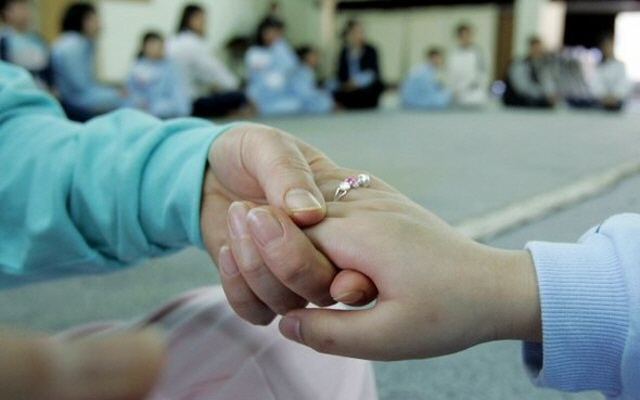 As of July of this year, 840 women in correctional facilities nationwide had young children, and 213 of them had preschool children aged between 0 to 6. (Yonhap)
