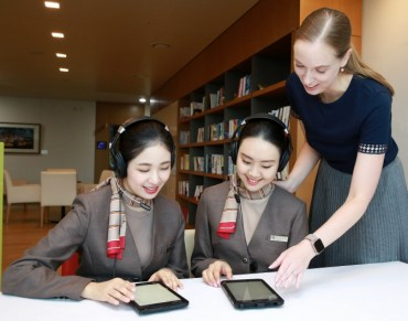 Asiana Uses AI for Cabin Crew English Conversation Training