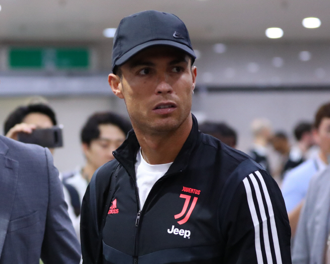 Juventus Accused of Breach of Contract for Benching Ronaldo in Seoul Exhibition