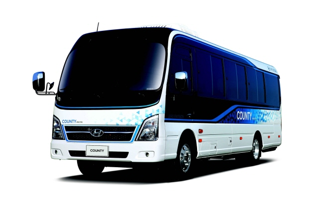 An all-electric County bus unveiled at the 2nd Hyundai Truck and Bus Business Fair to be held at the KINTEX exhibition hall in Goyang, just north of Seoul, on Aug. 29, 2019. (image: Hyundai Motor)