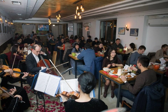 Korean-run Chicken Restaurant is Most Popular Eatery in Bishkek