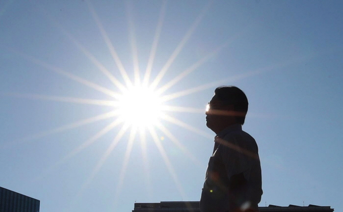 South Korea suffered its worst period of prolonged extreme heat last year. (Yonhap)