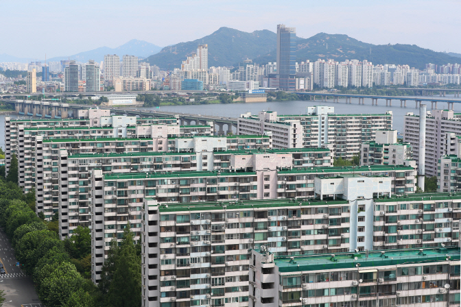 An apartment complex in Jamsil, eastern Seoul. (Yonhap)