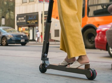 Hyundai, Kia Demo Cars with Built-in Electric Scooters