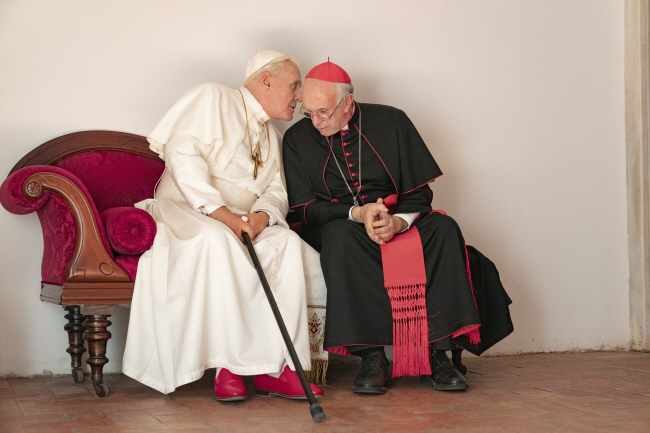 "A scene from ""The Two Popes."" (image: Netflix)"
