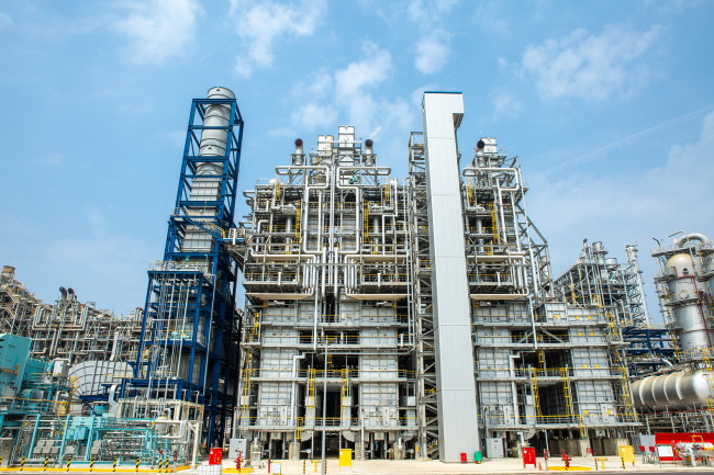 Hanwha Total Petrochemical Co.'s NCC side gas cracker at its plant in Daesan, South Chungcheong Province. (image: Hanwha Total Petrochemical)