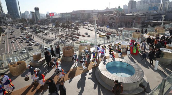 Seoullo Skywalk Attracts 20 Million Visitors