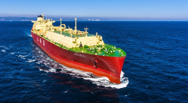 A liquefied natural gas (LNG) carrier built by Hyundai Heavy Industries Co.. (image: Hyundai Heavy Industries)