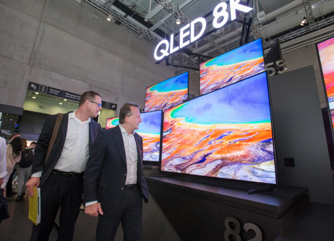 Samsung, LG Intensify Rivalry in 8K TVs at IFA