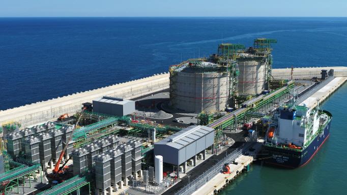 Korea Gas Corporation's LNG Receiving Terminal in Jeju's Aewol Port. (Yonhap)