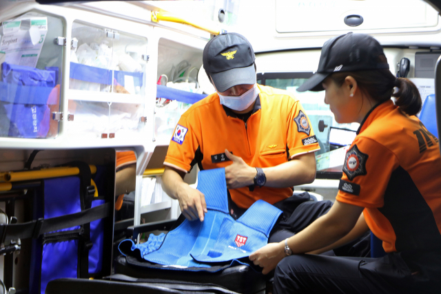 The number of cardiac arrest patients taken to hospitals by paramedics in the first half of this year totaled 13,473. (Yonhap)