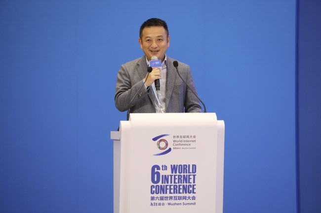 Young, Lively Workforce Key to Innovation, Says Ctrip Chairman James Liang