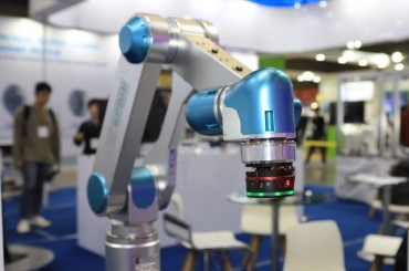 S. Korea Develops Easily Controllable Robot Operating Device