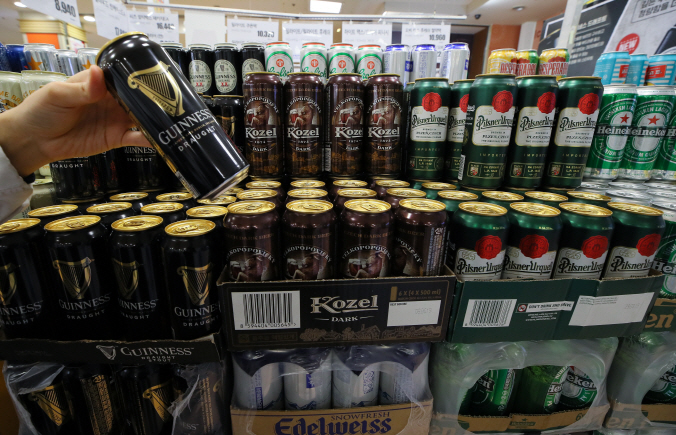 Imported Beer Brands Compete for Top Spot