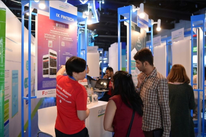 Cyberport start-ups showcase their innovative solutions and business models to Thai and global investors at the Cyberport pavilion in Digital Thailand Big Bang 2019. (image: Hong Kong Cyberport)