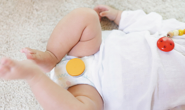 Monit's Diaper Alarms can even identify which kind of 'discharge' the baby has done, an important function to tell if the baby is suffering from dehydration due to frequent diarrhea. (image: Monit)