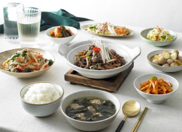 S. Koreans Prefer to Buy and Eat Food at Home