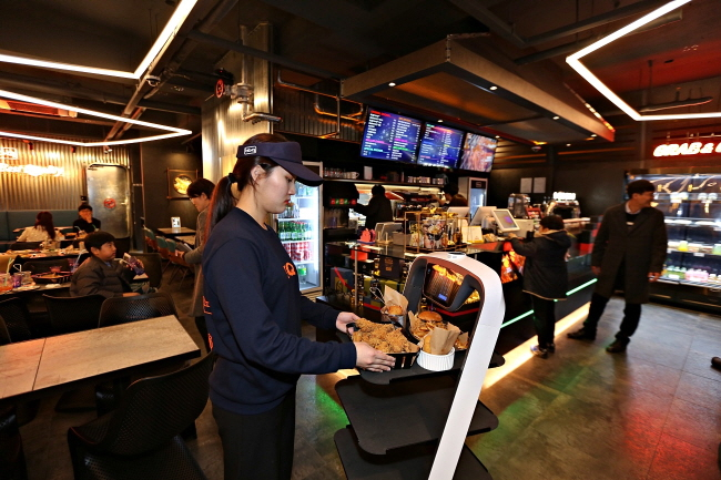 Automation Replacing Staff at Restaurants