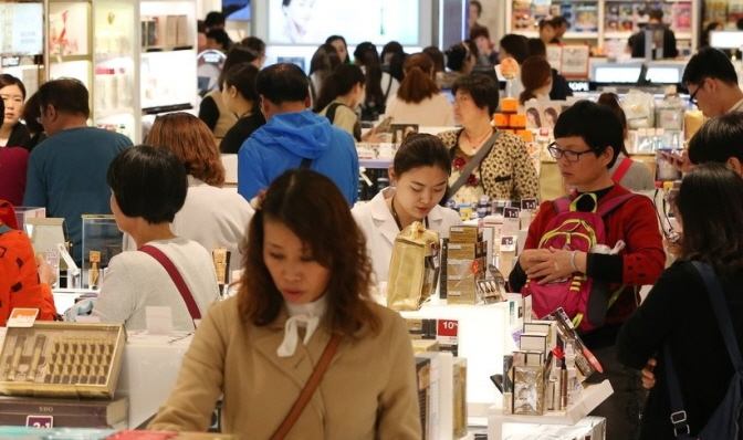 China Biggest Buyer of Korean Cosmetics in 2018