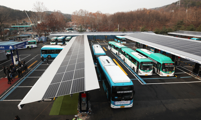 Suwon Builds S. Korea's Largest Charging Station for Electric Buses