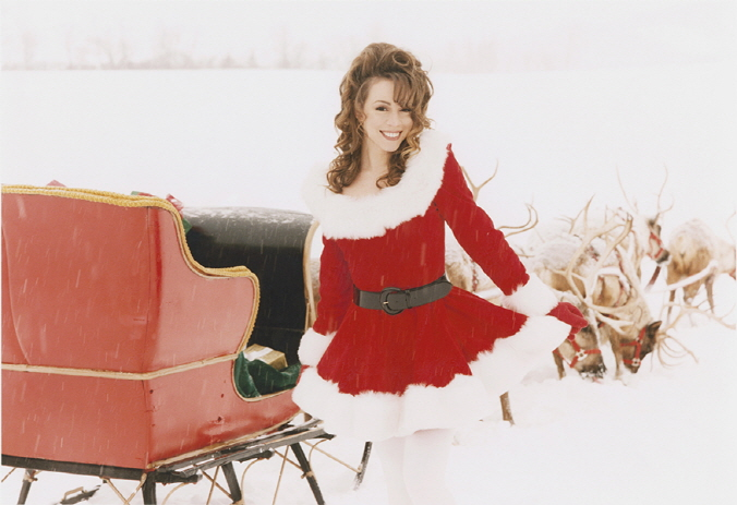 Mariah Carey's 'All I Want for Christmas' Tops Christmas Charts for 3 Consecutive Years