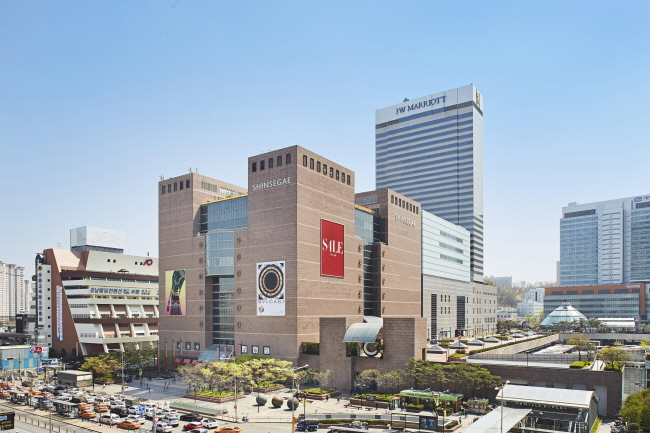 Shinsegae Department Store's outlet in Gangnam. (image: Shinsegae Department Store)