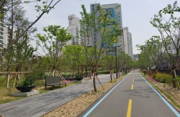Gyeongui and Gyeongchun Line Forest Parks Help Reduce Fine Dust